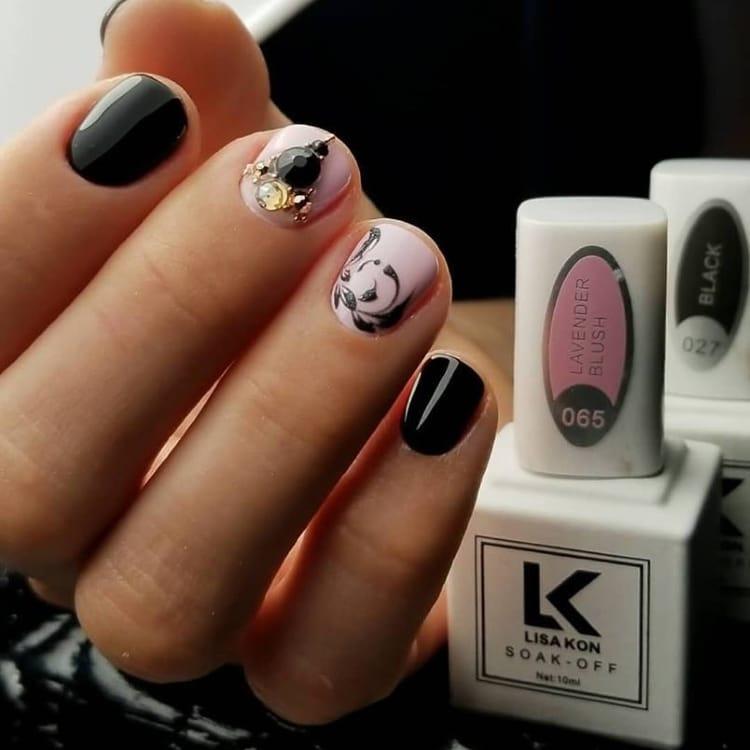 lavender-blush-nail-polish-black