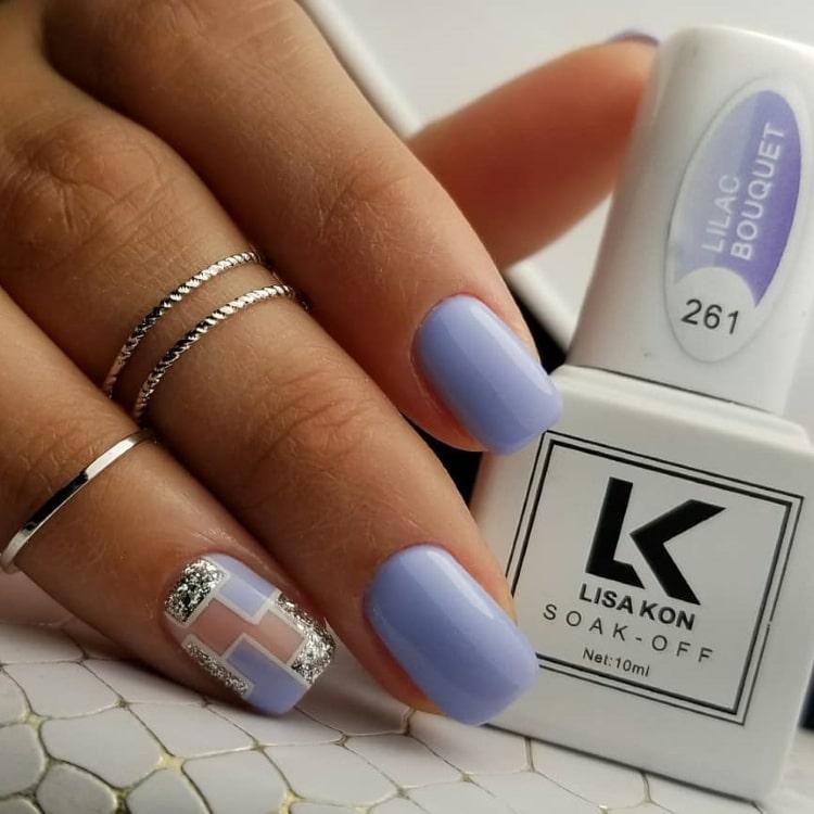 lilac-nail-varnish