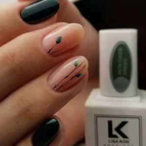 oxide-green-nail-varnish