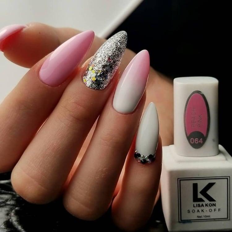 peach-pink-nail-polish
