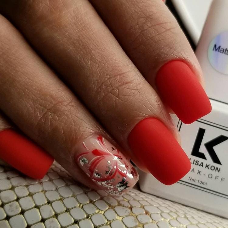 red-gel-polish-nails