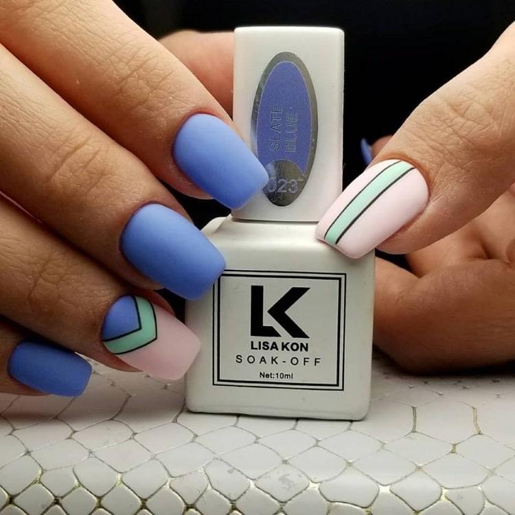 slate-blue-nail-varnish